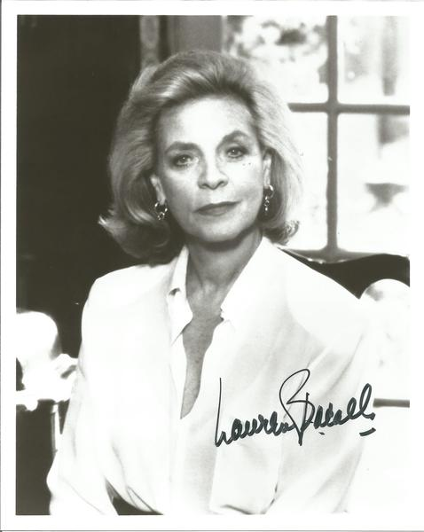 Lauren Bacall Holly woodactress signed 10x8 b/w photo